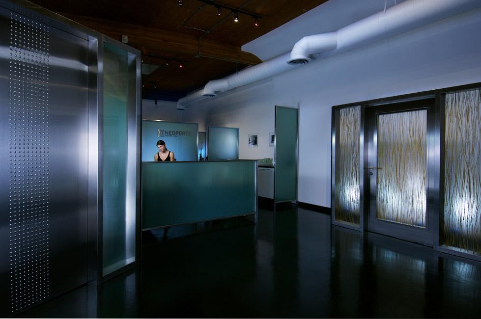 11_Receptionist3510